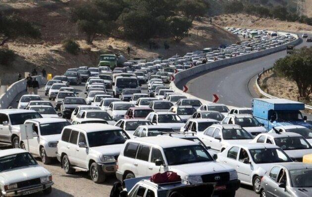 وضعیت راه های کشور ، ترافیک نیمه سنگین در ورودی های تهران