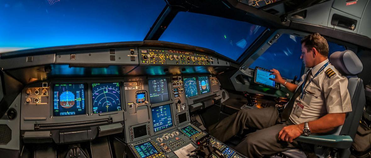 وقتی خلبانی خوش ذوق دوربین به دست می شود