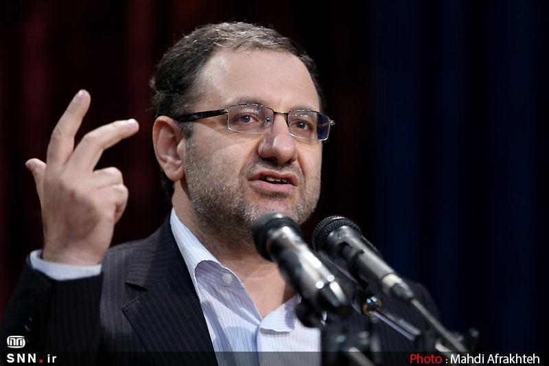 موسوی: کاش آن سیاستمدار معروف زنده بود و می دید برای آمریکا دنیای فردا دنیای موشک است نه گفتمان