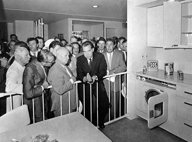 بحث و جدل آشپزخانه ای ریچارد نیکسون و نیکیتا خروشچف