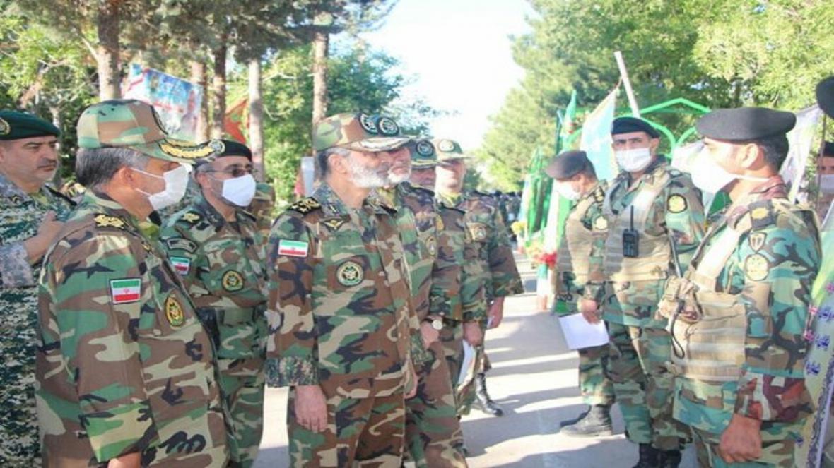 ماموریت ارتش ارتقاء توان و آمادگی رزمی است