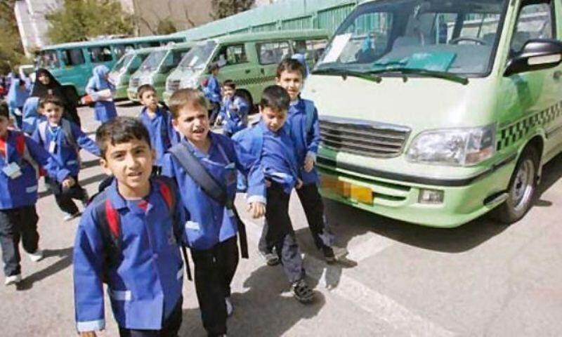 خبرنگاران پنج هزار تاکسی برای سرویس دانش آموزان بندرعباس نیاز است