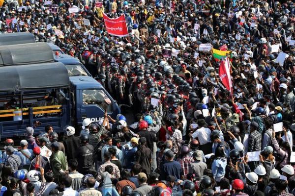 درخواست بازرس حقوق بشر سازمان ملل برای اعمال تحریم علیه میانمار